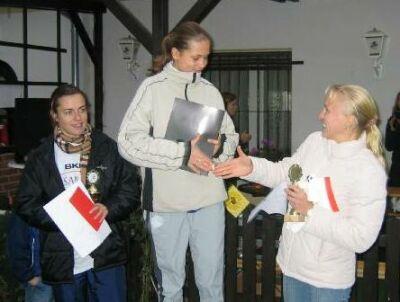 Siegerehrung Elbe-Bruecken-Lauf 2003